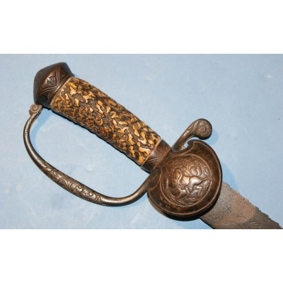 17th Century English Hunting Hanger with Sawback Blade