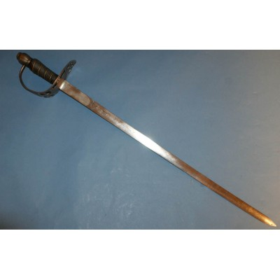 A Very Unusual British Heavy Cavalry Troopers Sword